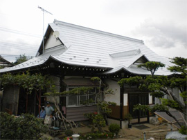 ガルバリウム屋根葺き替え工事
